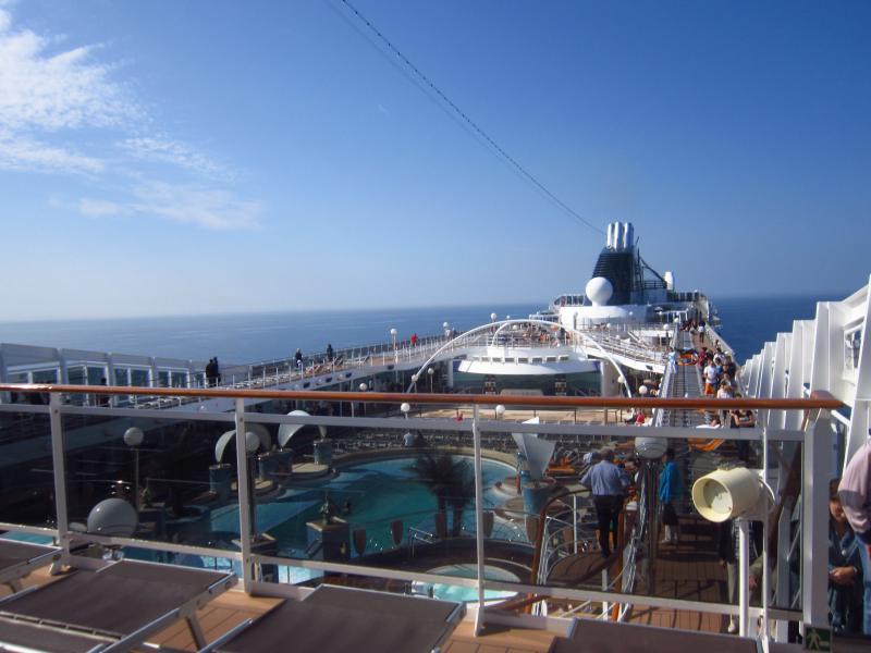 Осмотр лайнера - верхние палубы