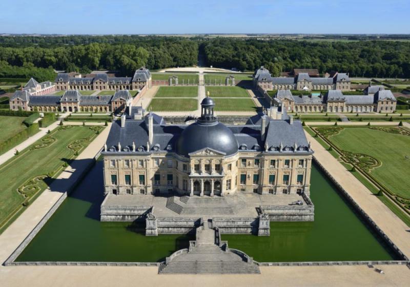 Замок Во Ле Виконт