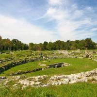 Сиракузы, Римский амфитеатр