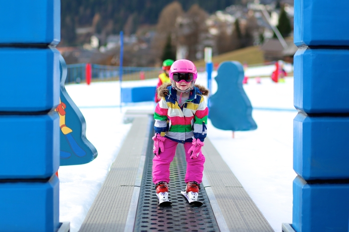 Где поставить ребенка на лыжи