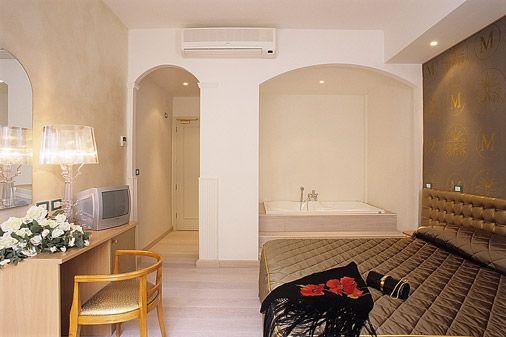 Номер. M GLAMOUR HOTEL 4*