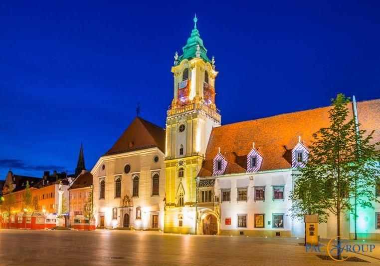 Новинка сезона - экскурсионный комбинированный тур Прага+Вена+Будапешт+Братислава