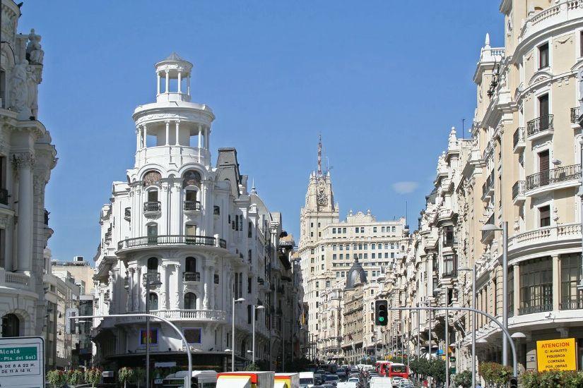 Мадрид. Улица Гран-Виа. Центр