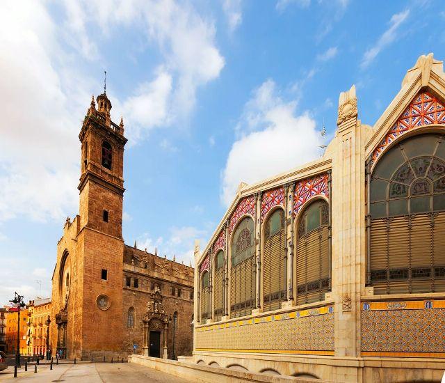 Валенсия. Центральный рынок и Церковь Сан Хуанес