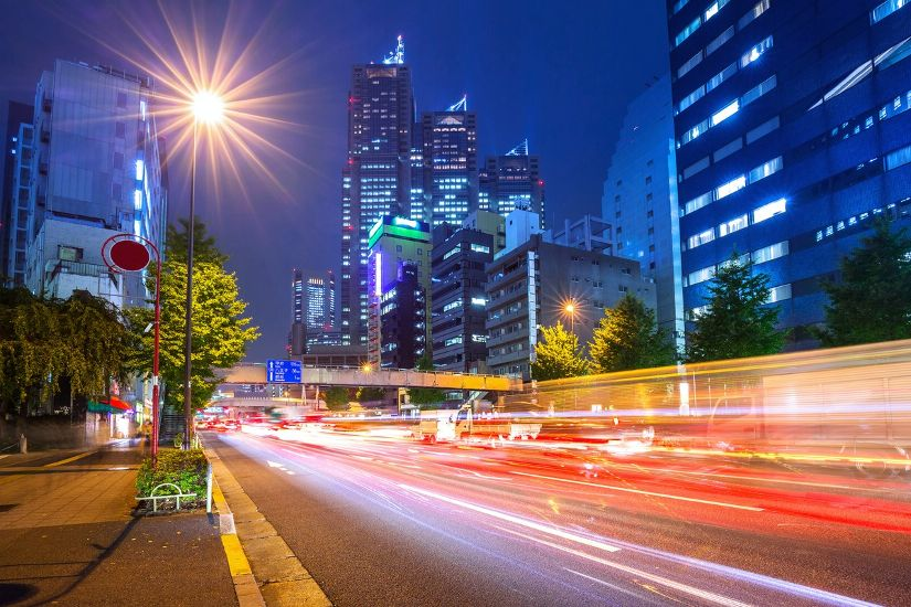 Токио. Синдзюку, улица ночью