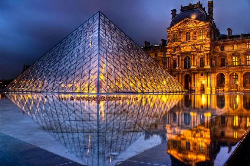 Париж. Лувр ночью. Округ 1 – Лувр, Шателе