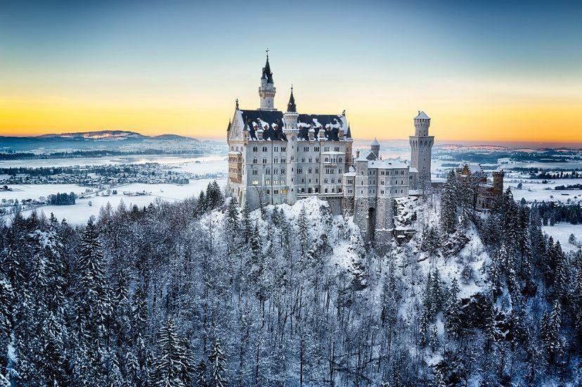 Бавария. Замок Нойшванштайн зимой