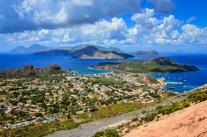 Эолийские острова. Остров Липари. остров Сицилия