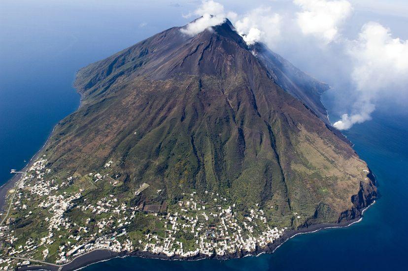 Картинки по запросу эоловы острова липари и вулкано