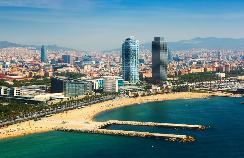 Барселона. Панорамный вид с моря
