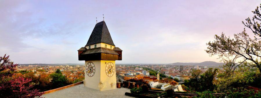 Грац. Часовая Башня Шлоссберг