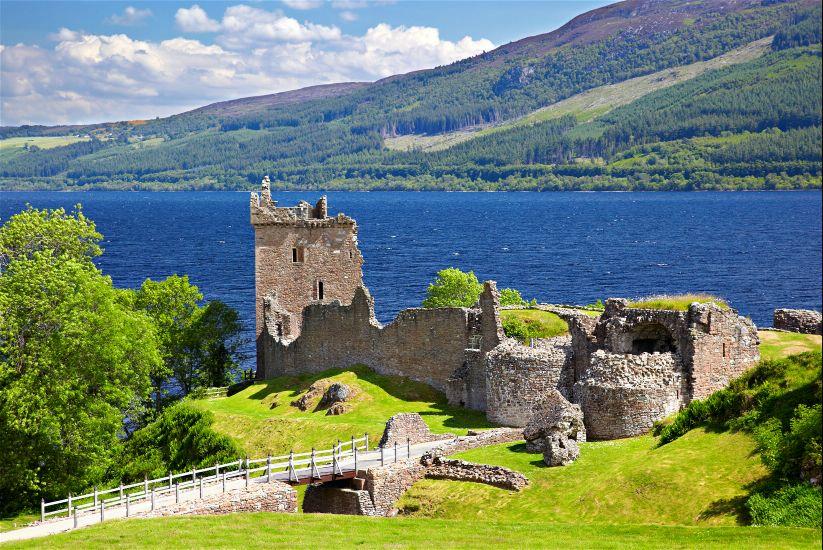 Шотландия. Озеро Лох Несс